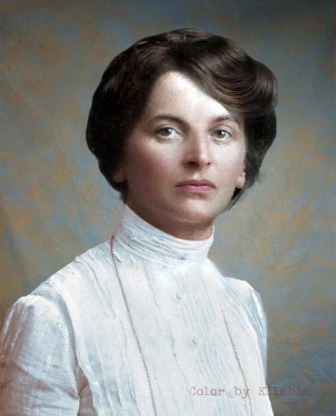 Inessa-Armand-2-January-1910-13.jpg