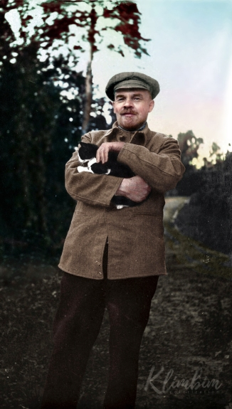 Lenin-and-cat-web.jpg
